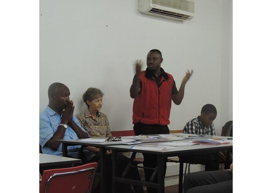 Has Uwezo influenced key actors in 2013 ? Evidence from Kenya, Tanzania and Uganda.
